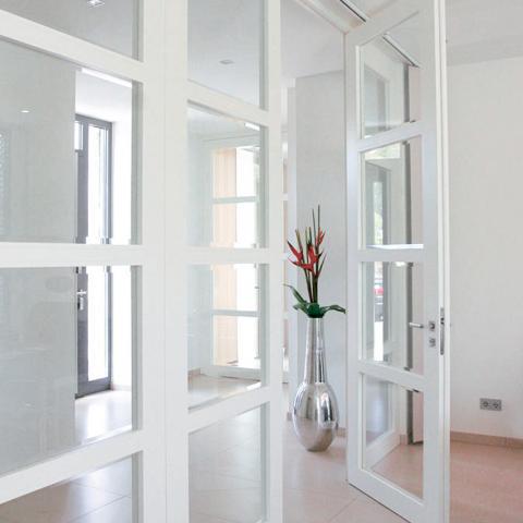 Bartels G5.1 üvegezett lakkozott fehér ajtó