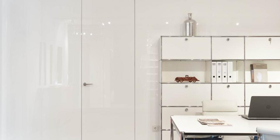 Bartels G magasfényű fehér ajtó