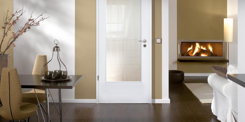 Festett fehér üvegezett ajtó