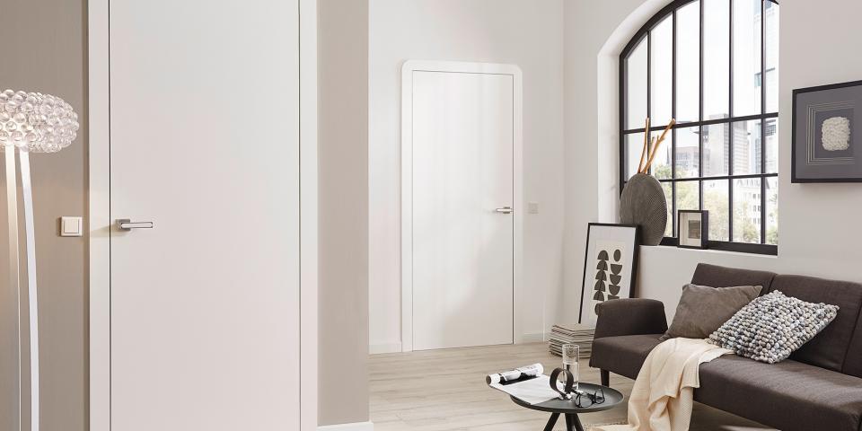 Festett fehér ajtó, Smart tok, síkban záródó kivitel